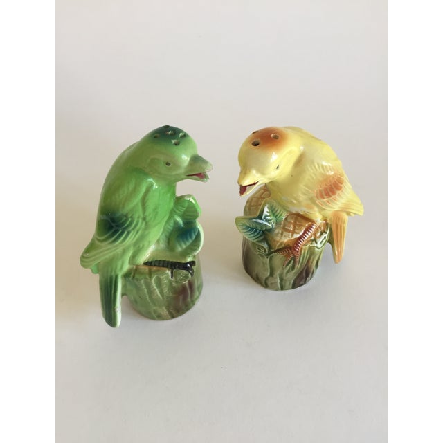 "Mid-Century Modern ""Chirping"" Birds Salt & Pepper Shakers For Sale - Image 3 of 5"