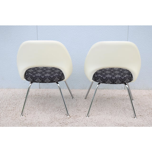 Black Mid-Century Modern Eero Saarinen for Knoll Executive Armless Chairs - a Pair For Sale - Image 8 of 13