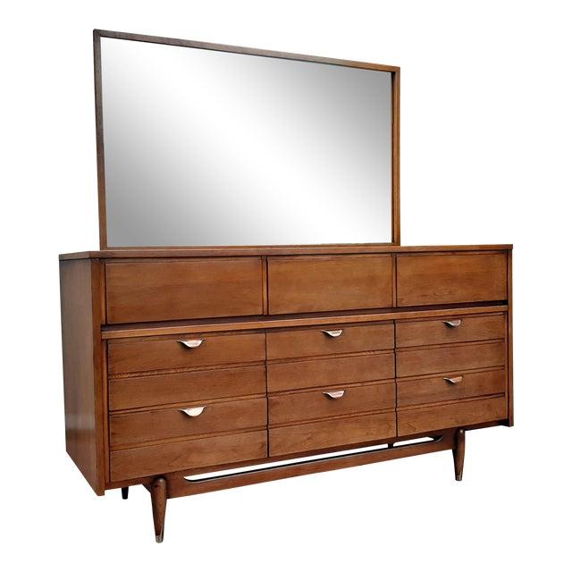 Mid Century Modern Hooker Mainline 9 Drawer Walnut Dresser With Mirror For Sale