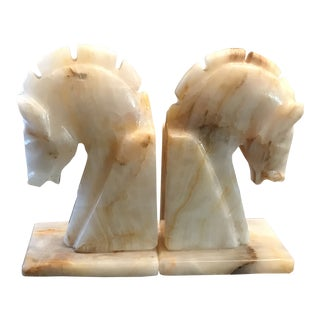 Stone Horse Head Knights Bookends - a Pair For Sale