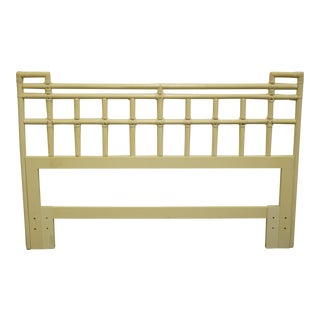 20th Century Asian Drexel Furniture Faux Bamboo White Painted Queen Size Headboard For Sale