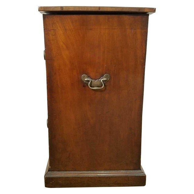 Federal Ice Chest - 18th Century For Sale In New York - Image 6 of 8