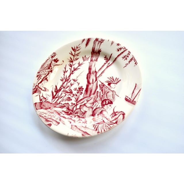 """French French Gien & Pierre Deux """"Lafayette"""" Pattern Red Americas Toile Plate For Sale - Image 3 of 7"""