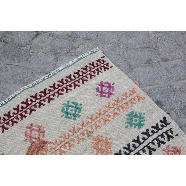 Vintage Tradition Turkish Kilim Rug - 2′ × 3′6″ For Sale - Image 9 of 10