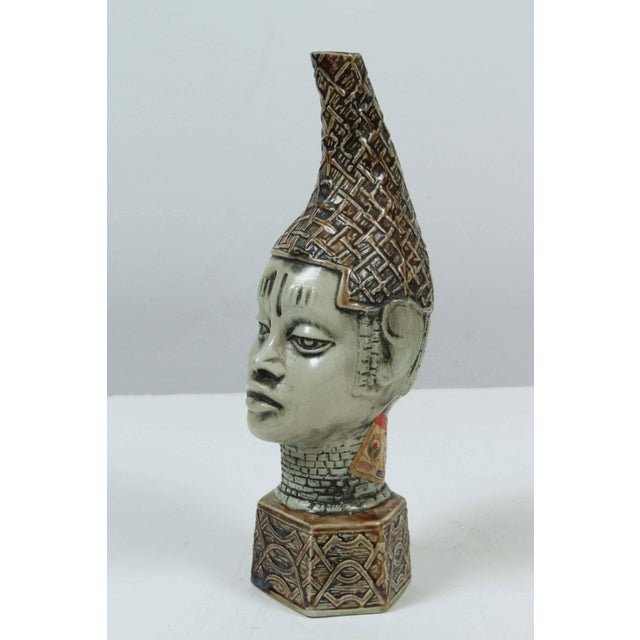 African Benin Queen Mother Commemorative Ceramic Head by the Edo People For Sale - Image 10 of 10