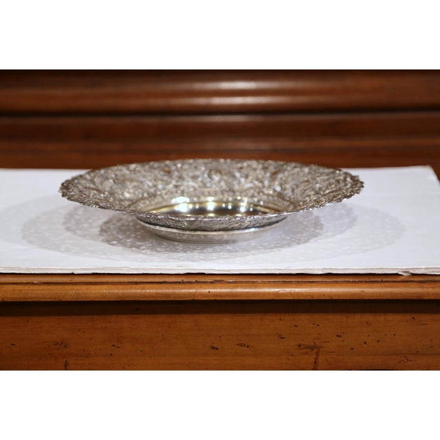 Baroque 19th Century French Silver Plated Brass Repousse Bread Dish Basket For Sale - Image 3 of 7