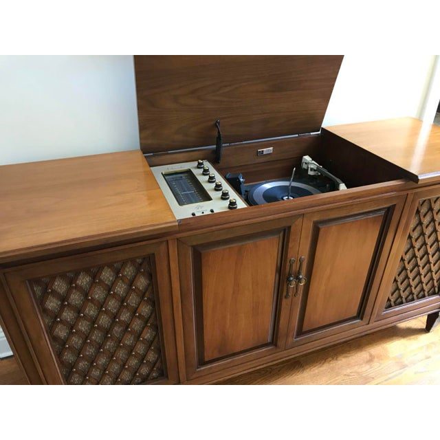 1960's Vintage Fisher Stereo Console