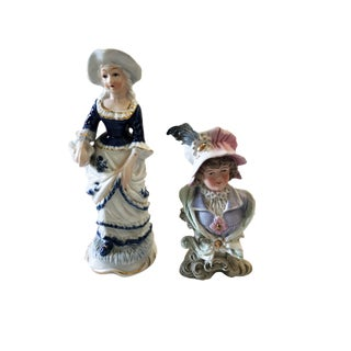 Old European Bibelot of Two Female Sculptures For Sale