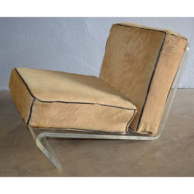 1970s 1970s Mid-Century Modern Tan Cushion Lucite Lounge Chairs - a Pair For Sale - Image 5 of 9