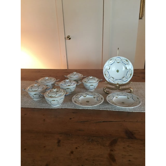 Antique Deruta Italy Pottery Dinnerware Bowls Set For Sale - Image 9 of 9
