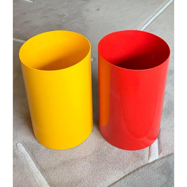 Kartell Vintage Red Kartell G. Colombini Plastic Wastebasket For Sale - Image 4 of 5