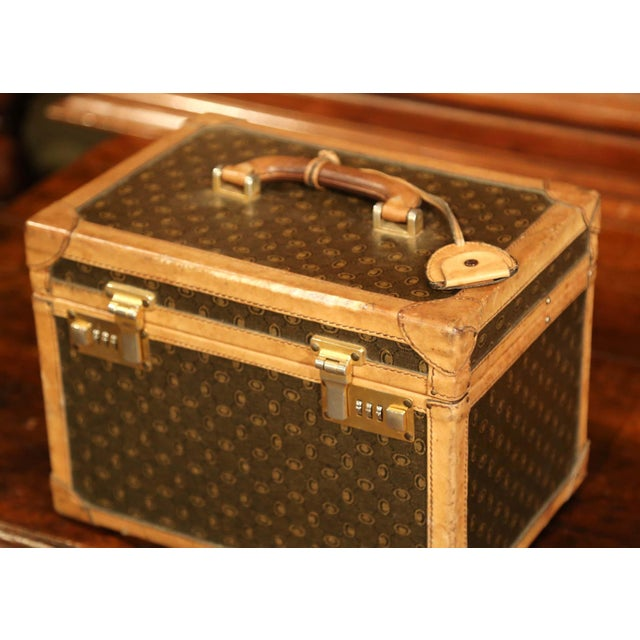 Animal Skin 19th Century French Leather Toiletry Box With Decorative Trim and Brass Hardware For Sale - Image 7 of 13