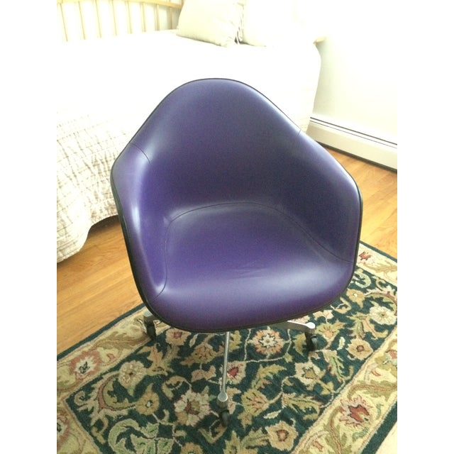 Eames Herman Miller Purple Armshell Chair - Image 2 of 5