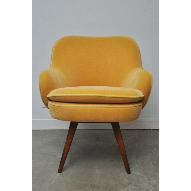 """We are proud to offer this beautiful side lounge chair by Vladimir Kagan for Kagan-Dreyfuss. Signed """"Kagan-Dreyfuss / A..."""