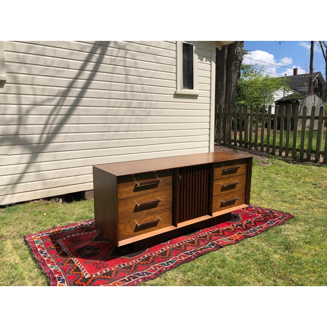 1970s Mid Century Lane 'Tower Collection' Rosewood Credenza For Sale In Boston - Image 6 of 13