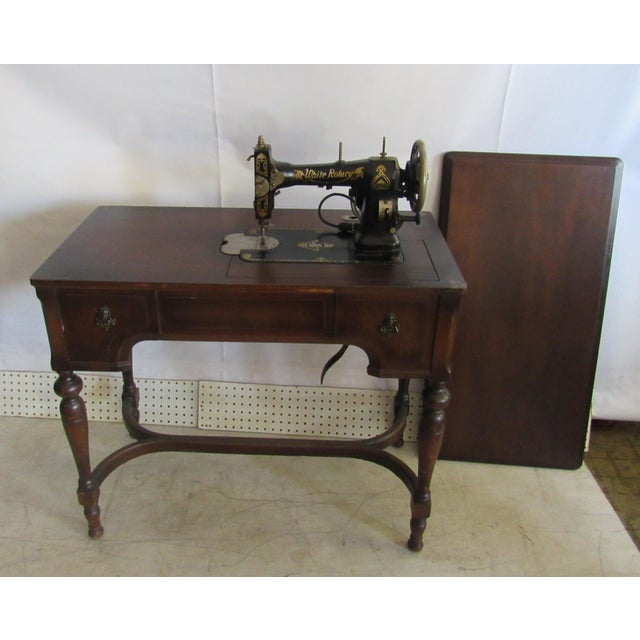 Traditional Sewing Machine Desk With White Mfg Co. Sewing Machine For Sale - Image 3 of 7