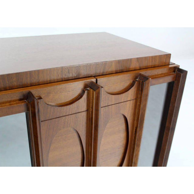 Mid-Century Modern Mid-Century Modern Oiled Walnut Night Stand or End Table For Sale - Image 3 of 10