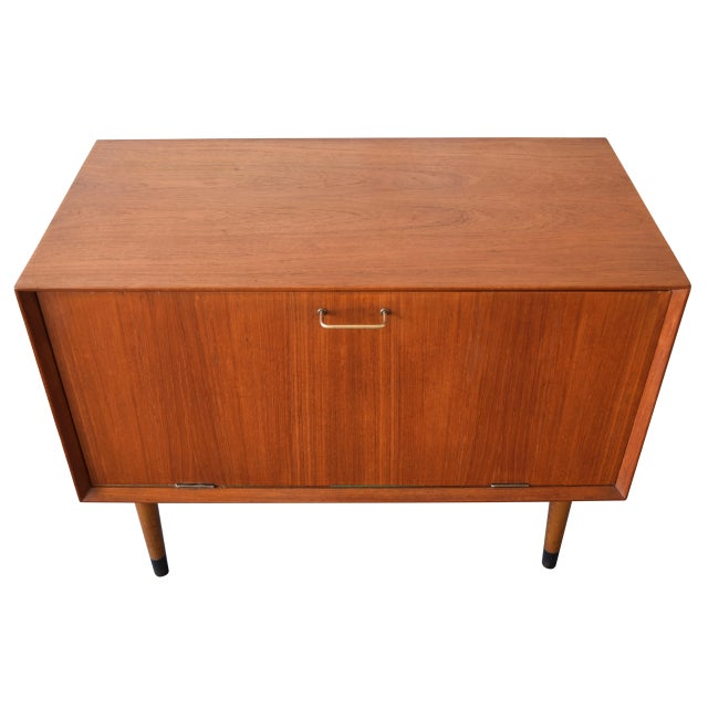Vintage Danish Mid-Century Modern Teak Record Cabinet For Sale In San Diego - Image 6 of 7