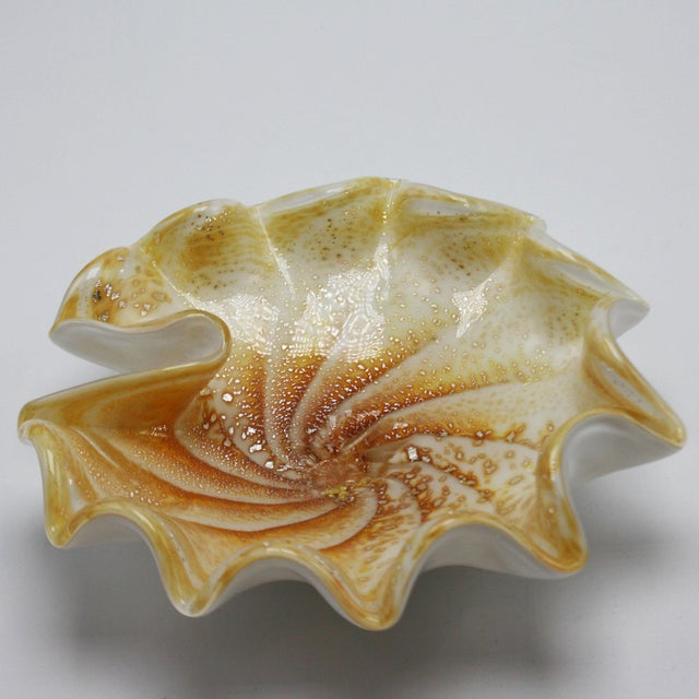 Mid-Century Modern 1970s Murano Glass Shell Bowl With Gold Flecks For Sale - Image 3 of 8