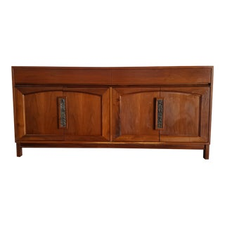 1960s Mid Century Modern John Keal for Brown Saltman Walnut Credenza For Sale