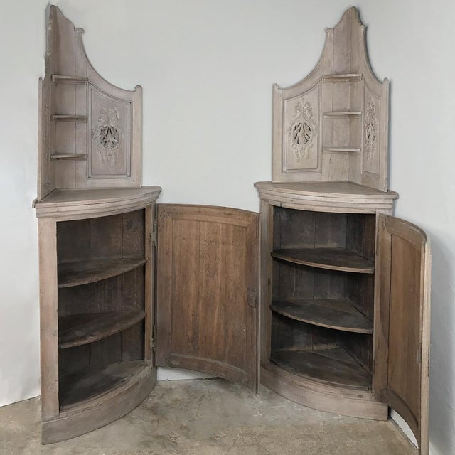 Mid 19th Century Pair 19th Century Country French Stripped Oak Corner Cabinets For Sale - Image 5 of 13