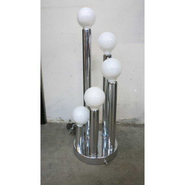 Chrome Sonneman Style Chrome Ball Table Lamp, by Torino Italy For Sale - Image 7 of 10