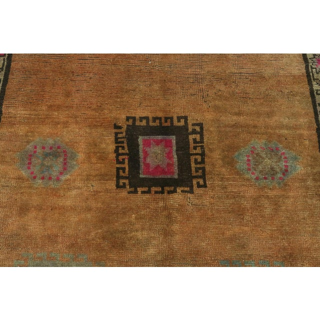"Vintage Turkish Kilim Rug-4'3'x5'10"" For Sale - Image 6 of 13"