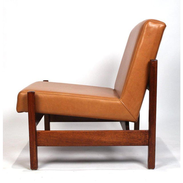 1960s Joaquim Tenreiro Style Peroba Lounge Chairs in Leather for Knoll & Forma Brazil - A Pair For Sale - Image 5 of 10