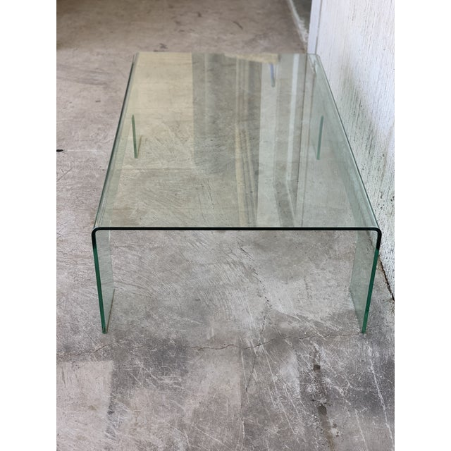 20th Century Mid-Century Modern Rectangular Curved Glass Coffee Table For Sale - Image 10 of 11