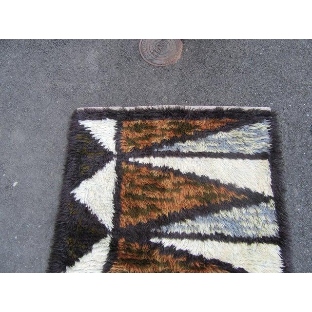 "Swedish Rya Carpet -- 3'1"" x 4'9"" - Image 7 of 10"