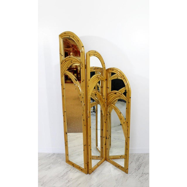 1970s Mid-Century Modern 3 Panel Rattan and Mirror Folding Screen Room Divider For Sale - Image 4 of 8