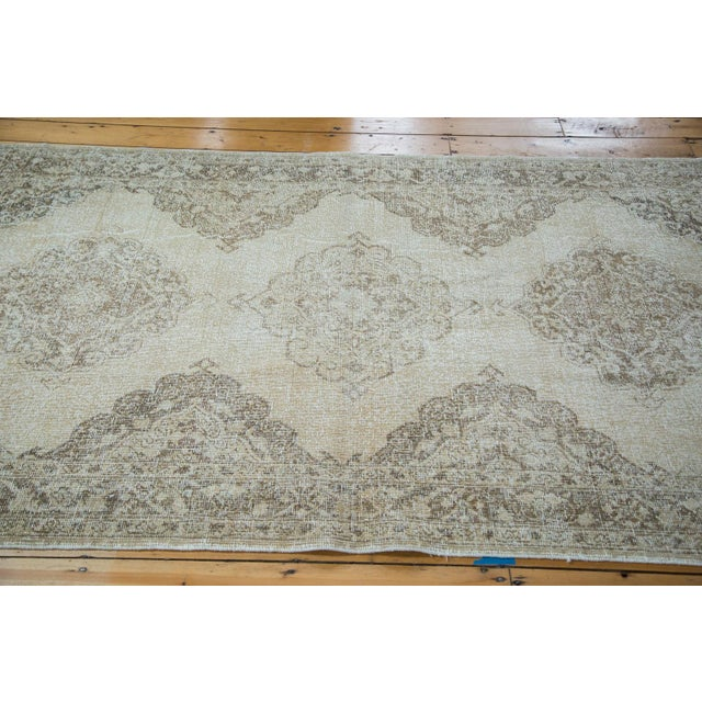 """Distressed Sparta Runner - 4'11"""" X 13'6"""" - Image 3 of 7"""