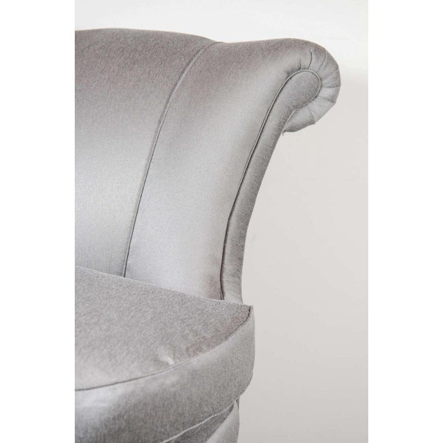 Hollywood Regency Glamorous 1940s Hollywood Scroll Design Slipper Chair by Dorothy Draper For Sale - Image 3 of 7