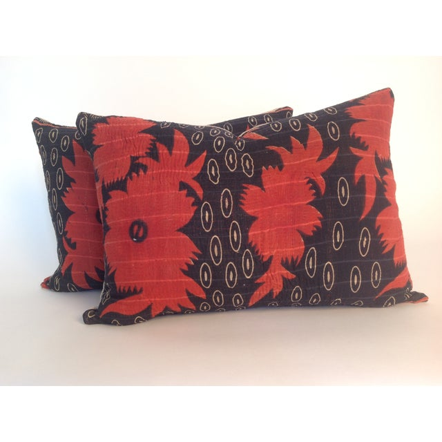 A pair of Indian Vintage Block Printed Kantha Quilt Pillows with natural linen back. Inserts included