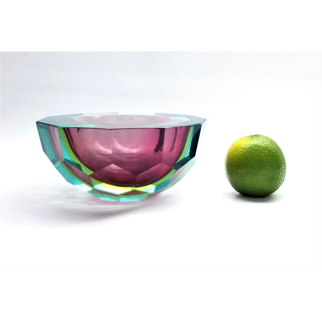 Blue 1970s Murano Glass Faceted Bowl by Mandruzzato For Sale - Image 8 of 9