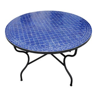 "Moroccan 48"" Ink Blue Round Mosaic Coffee Table For Sale"
