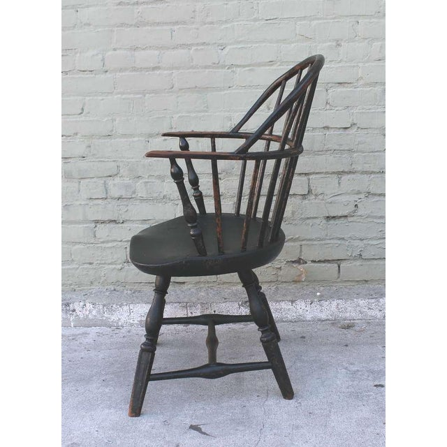 18th Century Original Green Extended-Arm Windsor Chair - Image 5 of 10