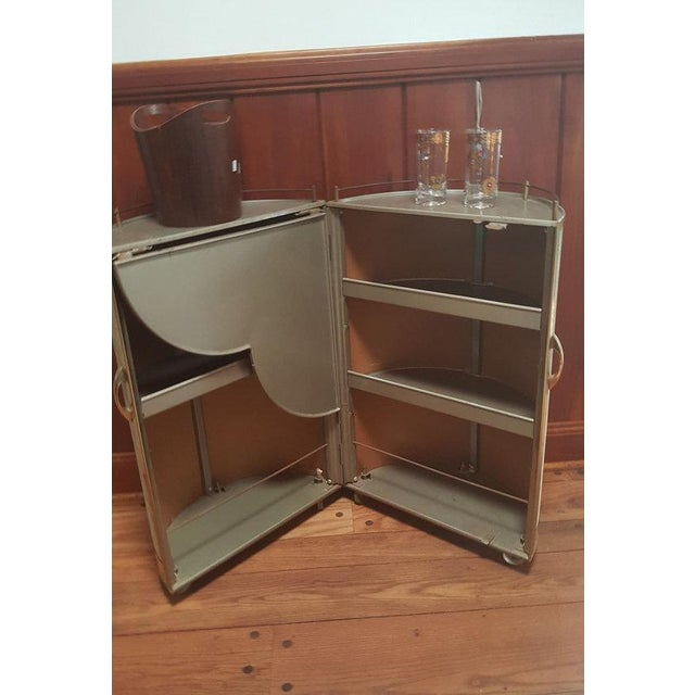 Mid-Century Modern Vintage 50s Portable Round Bar Cart For Sale - Image 3 of 6