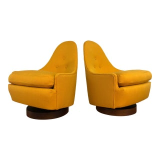 Milo Baughman for Thayer Coggin Petite Swivel Chairs - a Pair For Sale
