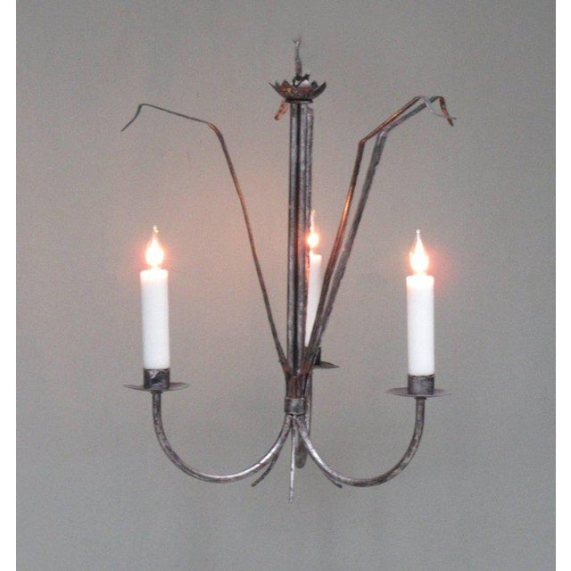 Contemporary Early 20th Century Spanish Barcelona Silvered Tole Reed Chandelier For Sale - Image 3 of 8