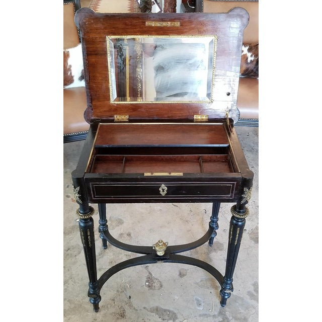 Mid 19th Century 19th Century French Napoleon III Ladies Make-Up Table or Vanity For Sale - Image 5 of 13