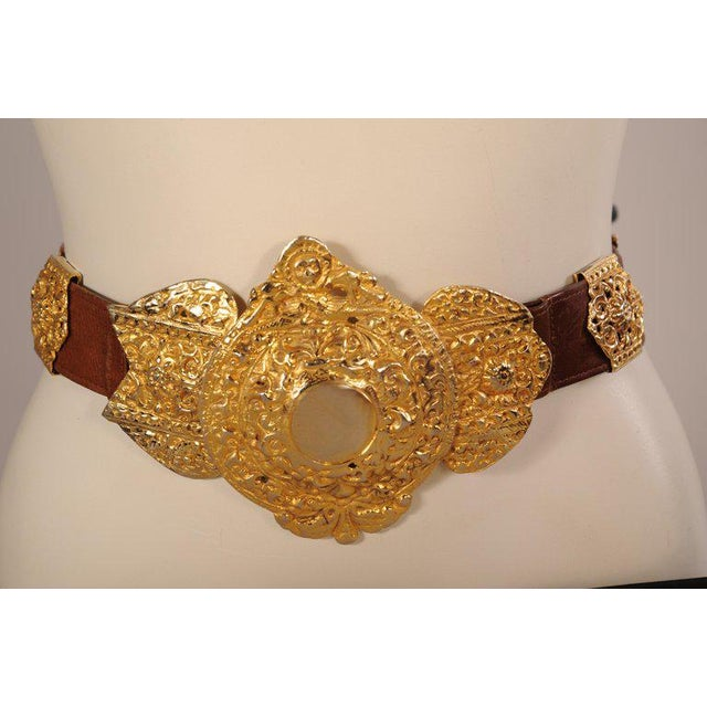 Modern Roberta DI Camerino for Saks Brown Leather Belt Golden Buckle and Slides For Sale - Image 3 of 6