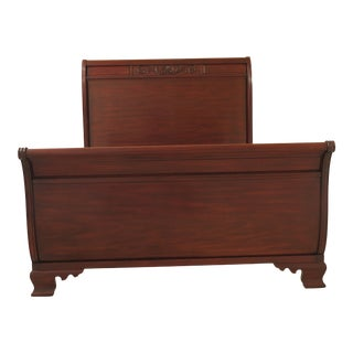 Traditional Henkel Harris Queen Size Mahogany Sleigh Bedframe For Sale