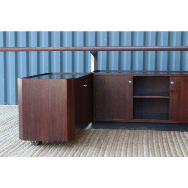 Rosewood Cabinet by Osvaldo Borsani for Tecno, Italy, 1960s For Sale - Image 12 of 13