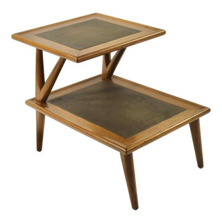 1950s Mid-Century Modern Oak End Table For Sale