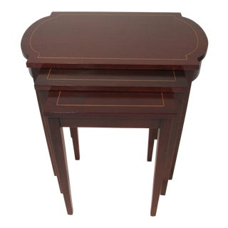 1960s Georgian Mahogany Nesting Tables - Set of 3 For Sale