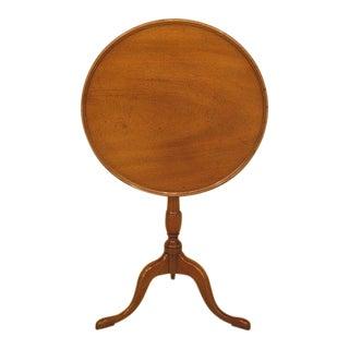 1980s Queen Anne Kittinger Old Sturbridge Village Mahogany Tilt Top Table For Sale
