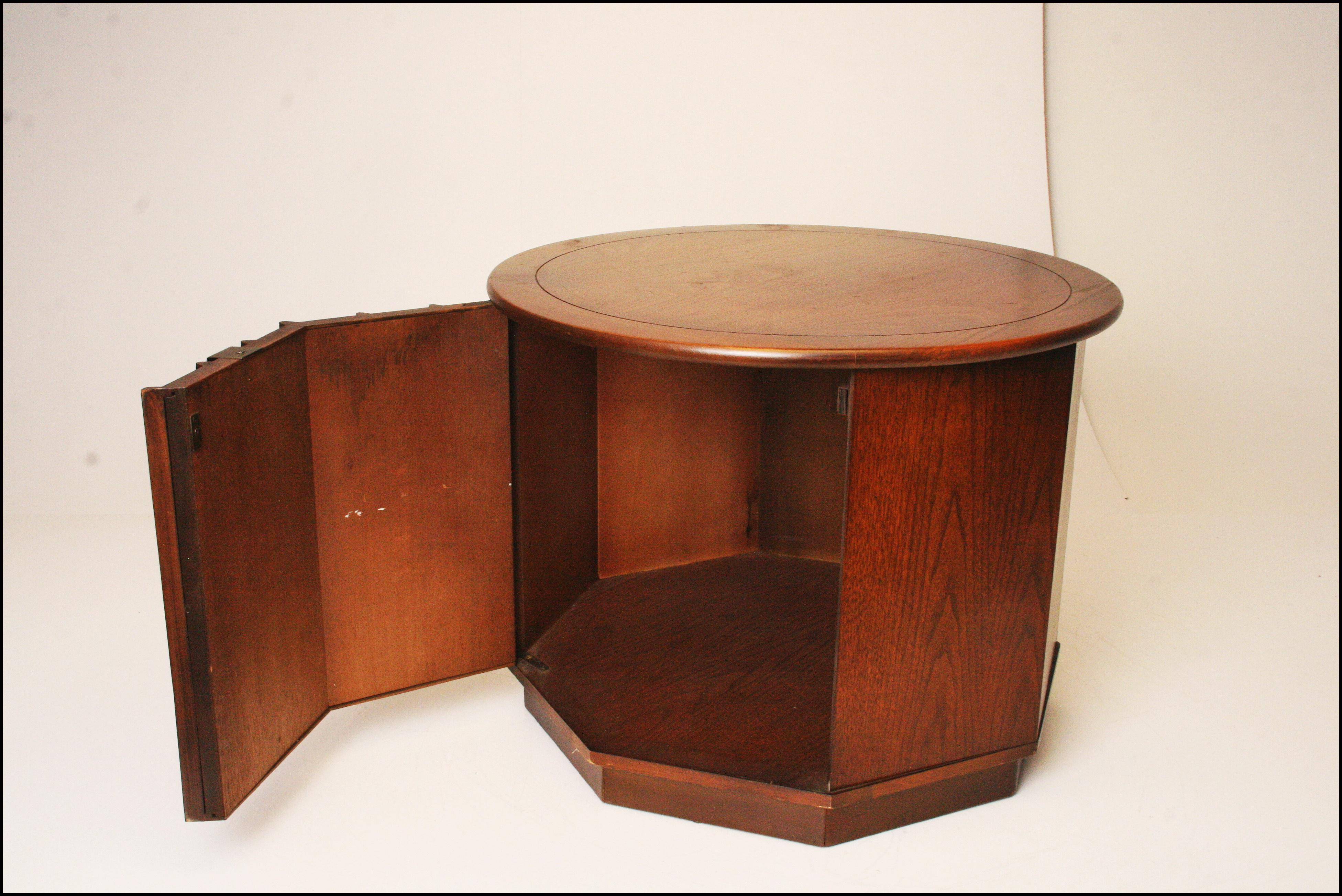 Awesome Harvey Probber Style Mid Century Modern Octagon Side Table   Image 4 Of 11