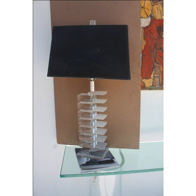 Vintage Clear & Frozen Stacked Lucite Table Lamp - Image 2 of 6