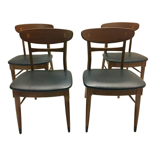 Mid Century Modern Danish Chairs - Set of 4 For Sale